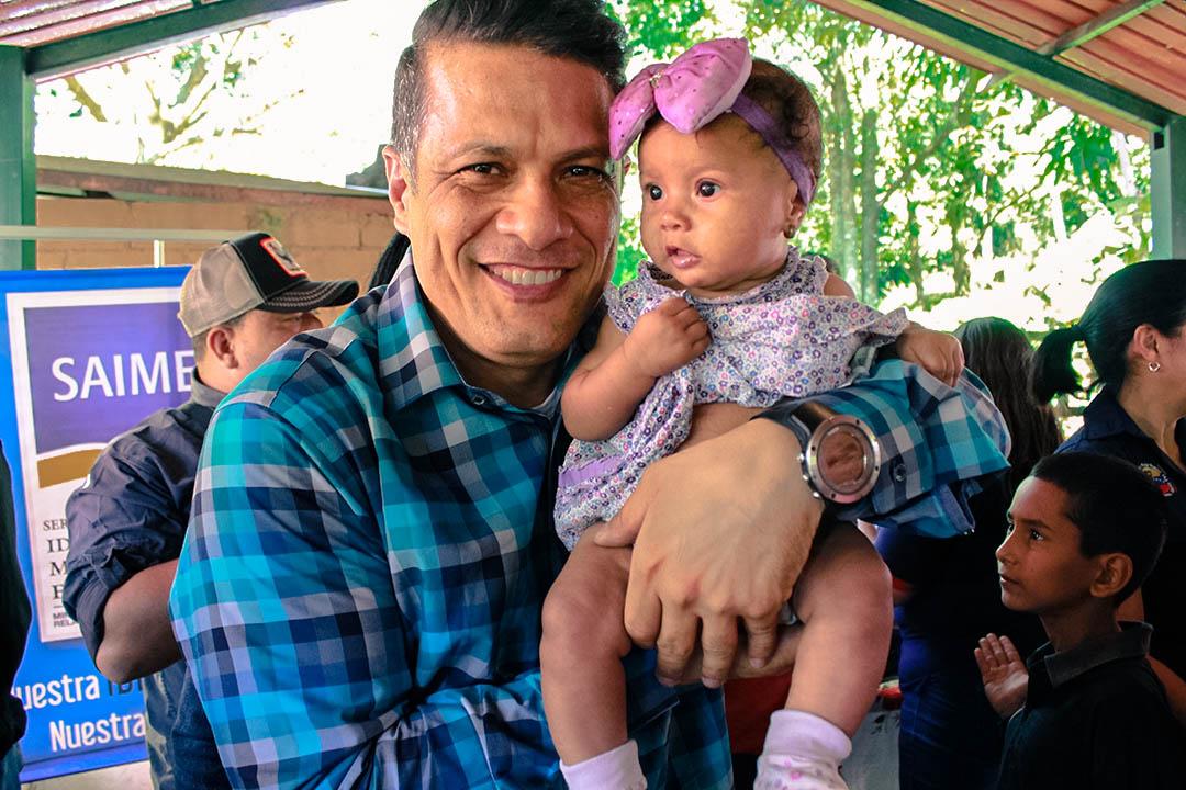 Saime entregó regalos a más de 400 niños del estado Aragua (1)