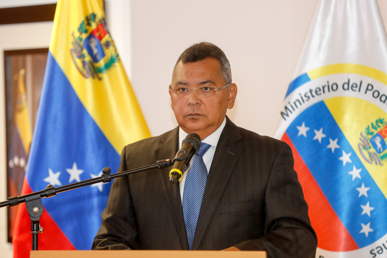 Ministro Reverol: Comandante Chávez,seguimos enarbolando tu bandera de un mundo más humano