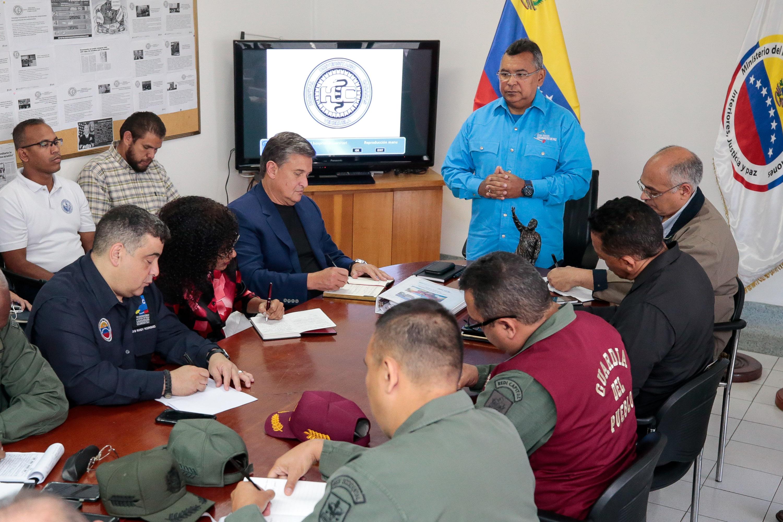 Mpprijp activará proyecto piloto de seguridad en Hospital Universitario de Caracas (4)
