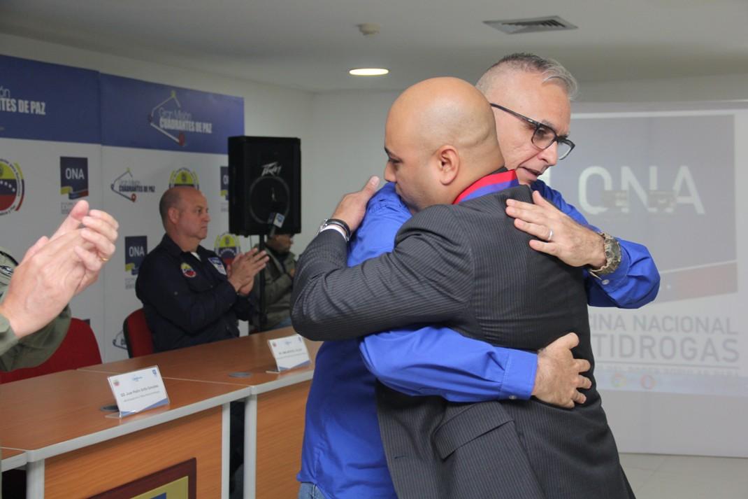 ONA celebró su XIII aniversario con entrega de reconocimientos en la lucha antidrogas (8)