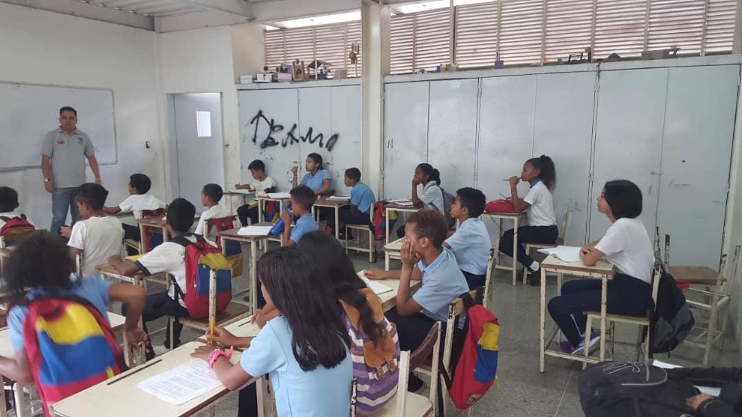 """""""Aprendiendo con el Saren"""" instruyó a 684 venezolanos en tres estados del país (1)"""