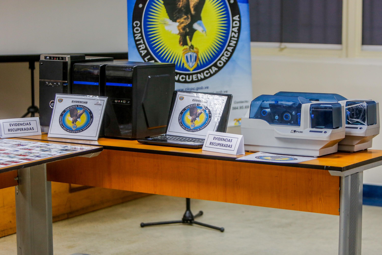 Cicpc asestó duro golpe a mafias dedicadas a la falsificación de documentos (6)