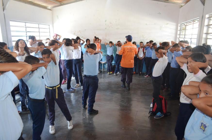 DPD afianza valores familiares en niños y niñas de Naguanagua (7)