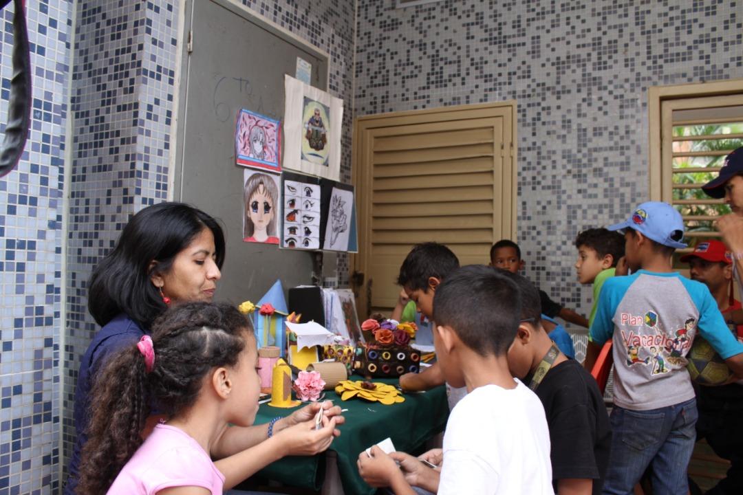 """Frente Preventivo realizó """"Toma por la Paz y la Vida"""" en Urbanismos de la parroquia El Recreo (16)"""