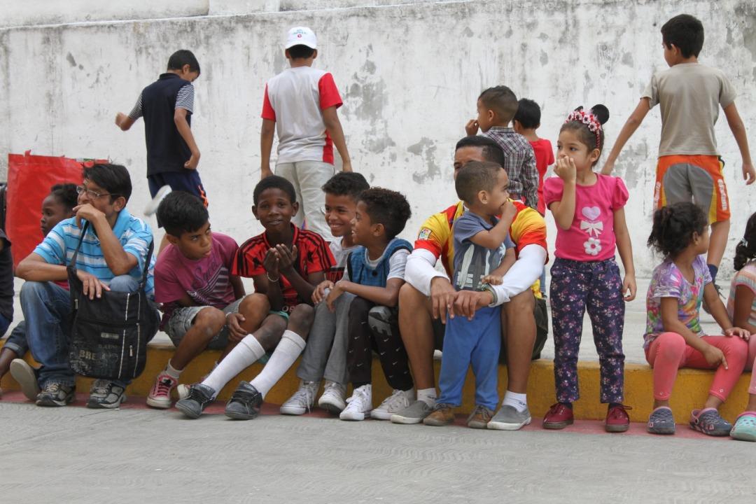 """Frente Preventivo realizó """"Toma por la Paz y la Vida"""" en Urbanismos de la parroquia El Recreo (5)"""