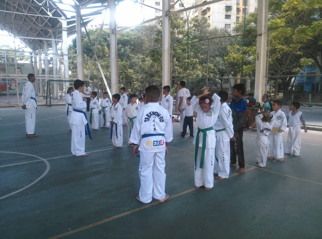 Gmcp fortalece la organización comunal para el deporte y recreación en El Valle (10)