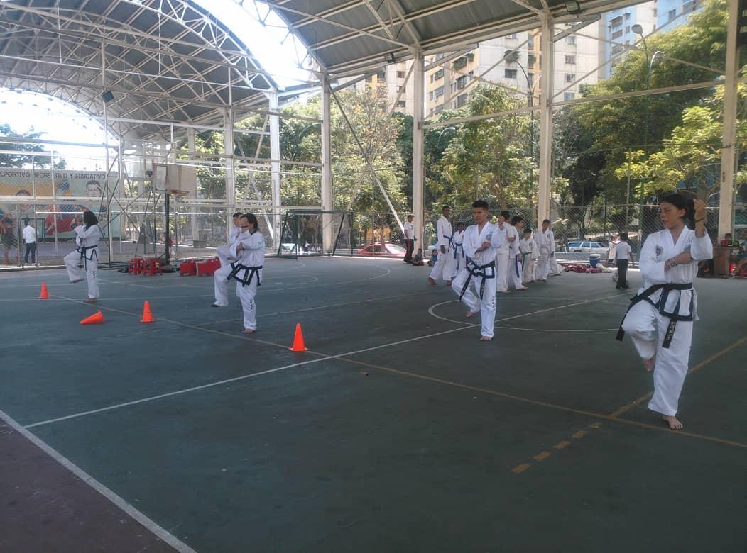 Gmcp fortalece la organización comunal para el deporte y recreación en El Valle (12)