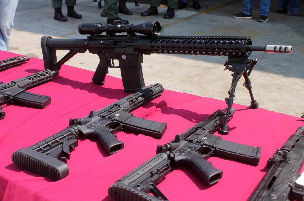 Incautado armamento bélico procedente de EEUU en aeropuerto internacional de Valencia (3)