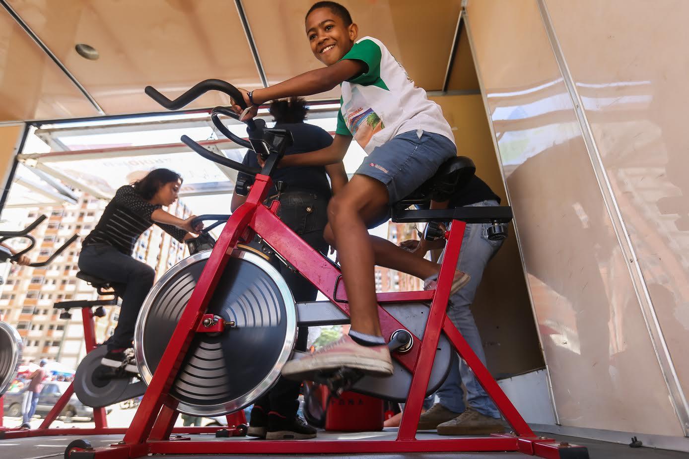 Más de 17 mil personas en Ciudad Tiuna participaron en gran toma deportiva por la paz y la vida (1)