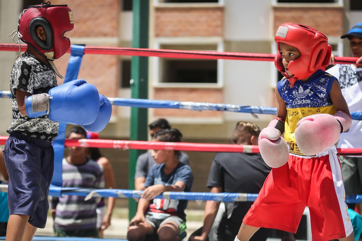 Más de 17 mil personas en Ciudad Tiuna participaron en gran toma deportiva por la paz y la vida