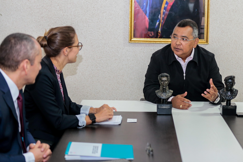 Ministro Néstor Reverol -Encuentro con la Cruz Roja (1)