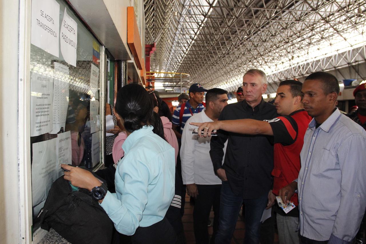 Terminal de Oriente resguardado con más de 200 funcionarios de seguridad (7)