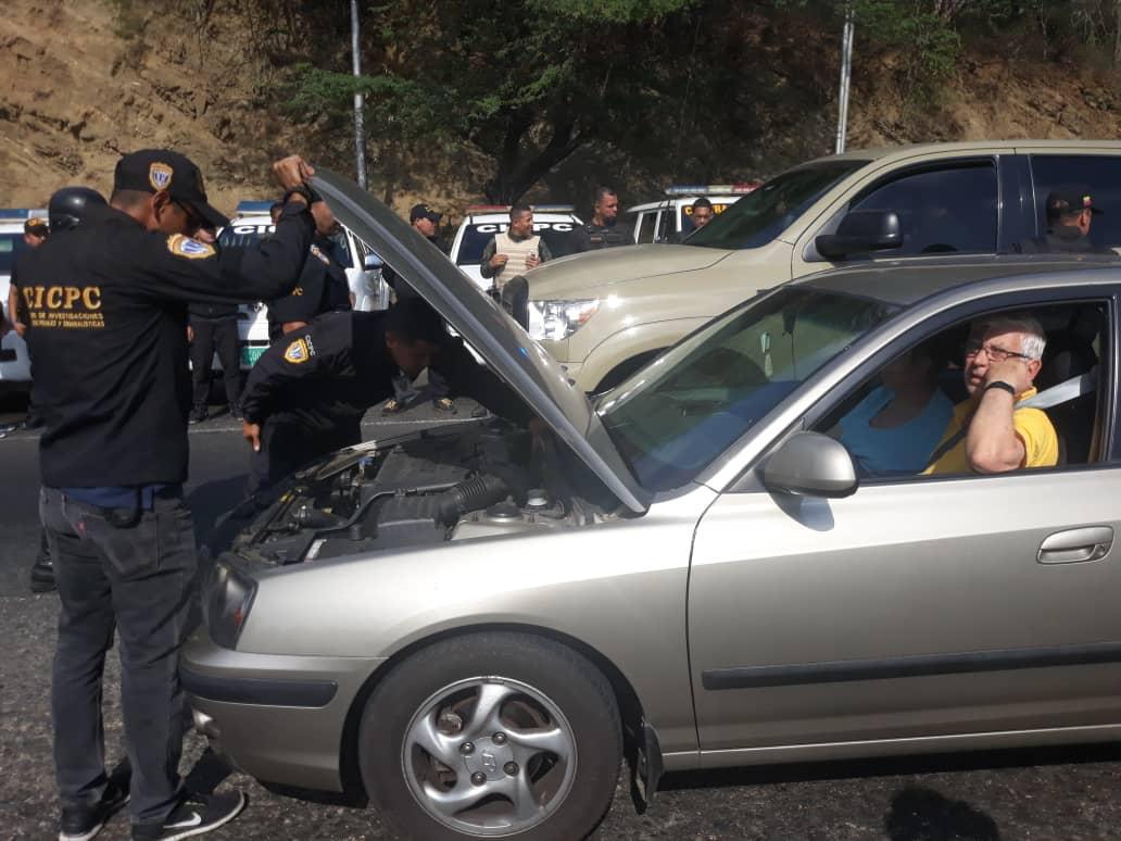 Cicpc realiza supervisión de revisión de vehículos en Puerto Cabello