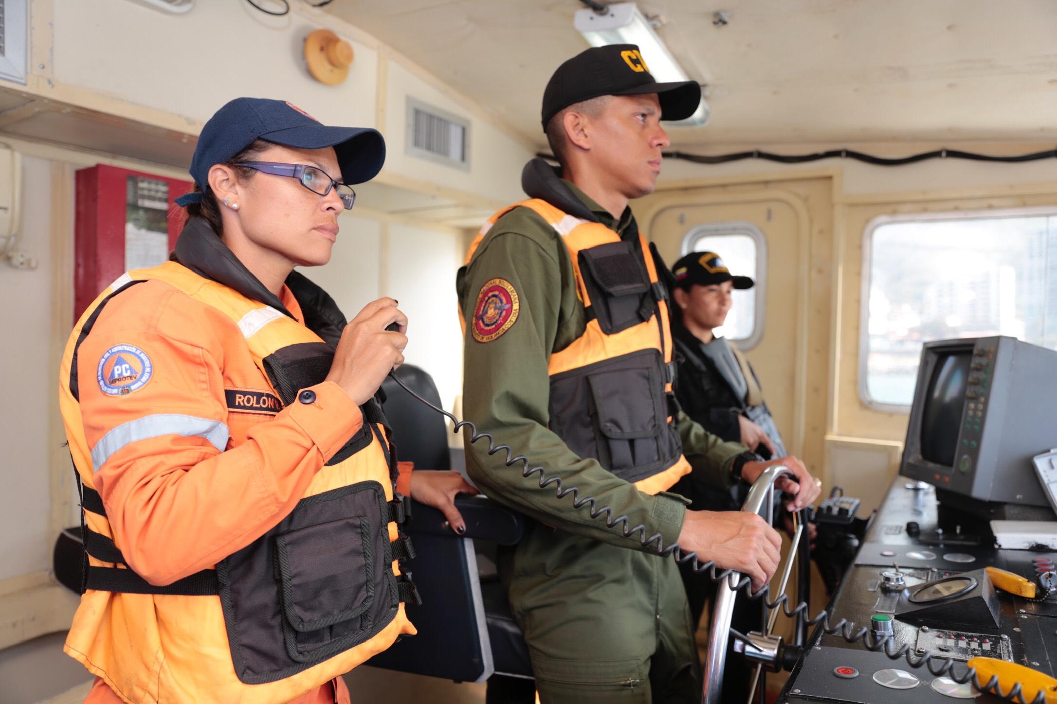 Sistema Nacional de Gestión de Riesgo supervisa despliegue de seguridad en 63 playas de Vargas (1)