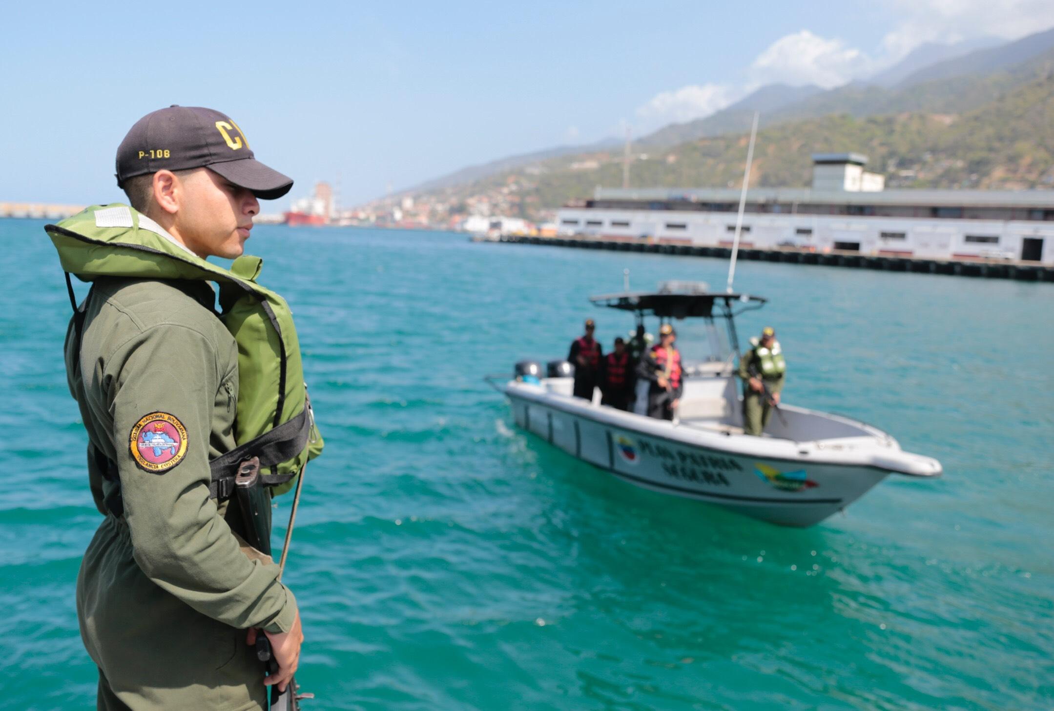 Sistema Nacional de Gestión de Riesgo supervisa despliegue de seguridad en 63 playas de Vargas (10)