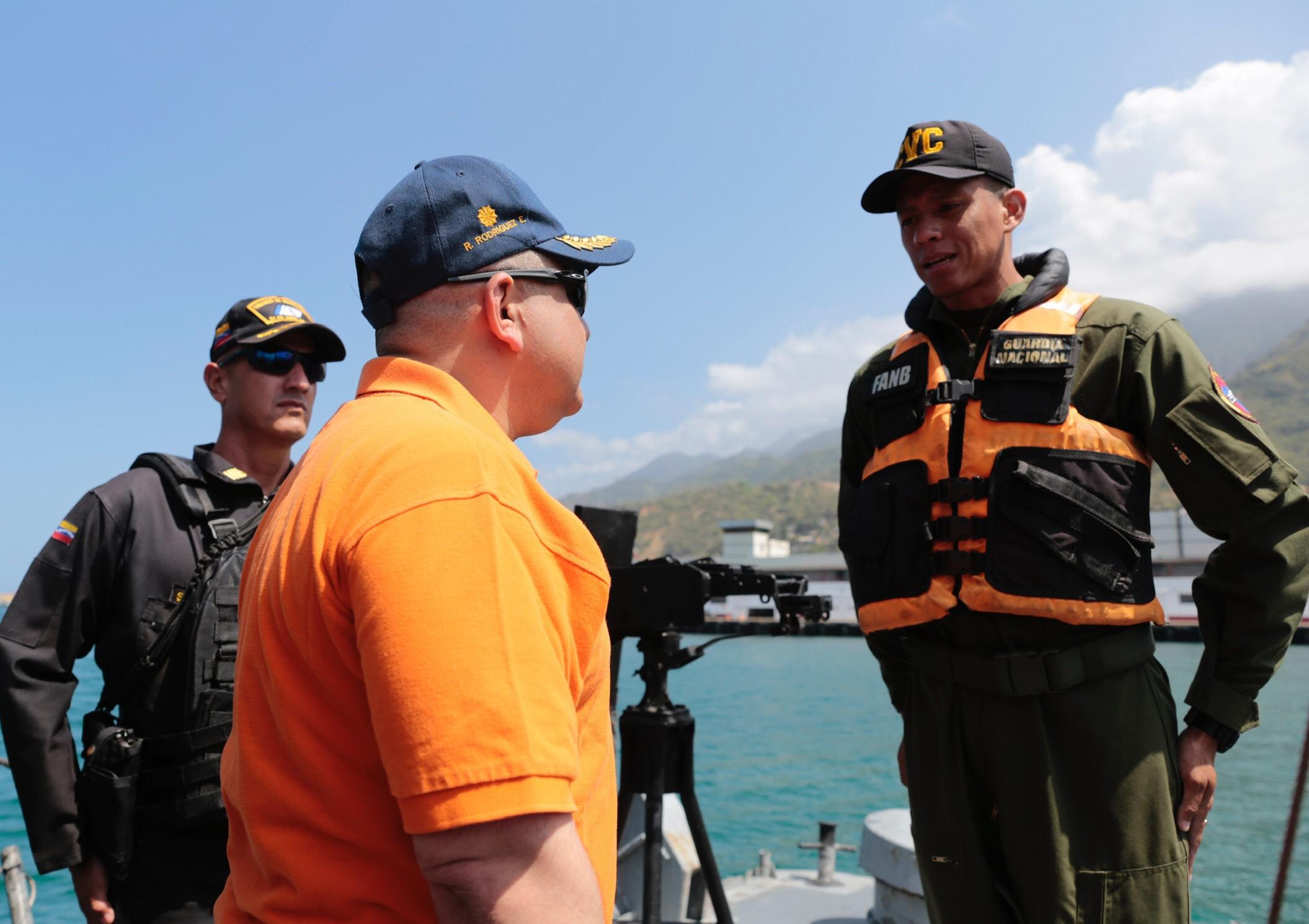 Sistema Nacional de Gestión de Riesgo supervisa despliegue de seguridad en 63 playas de Vargas (6)