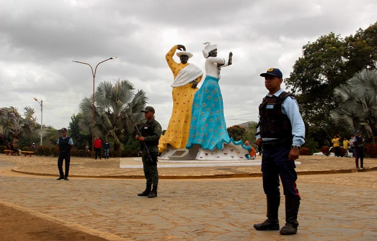 Supervisión Carnavales plaza de las Madamas, Municipio El Callao edo. Bolivar (3)