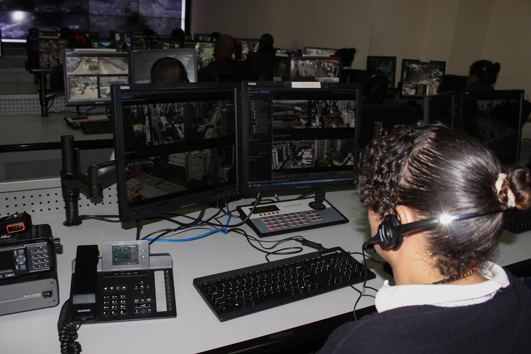 VEN 911 monitorea y brinda respuesta inmediata a los ciudadanos en estos Carnavales Seguros 2019 (4)