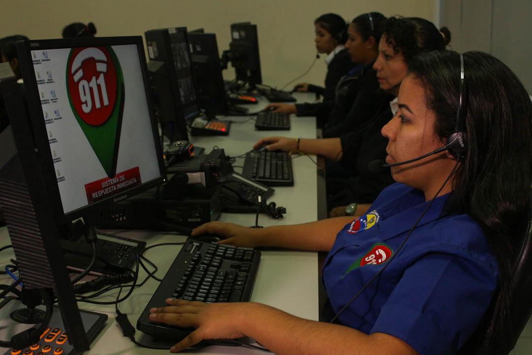 VEN 911 monitorea y brinda respuesta inmediata a los ciudadanos en estos Carnavales Seguros 2019 (7)