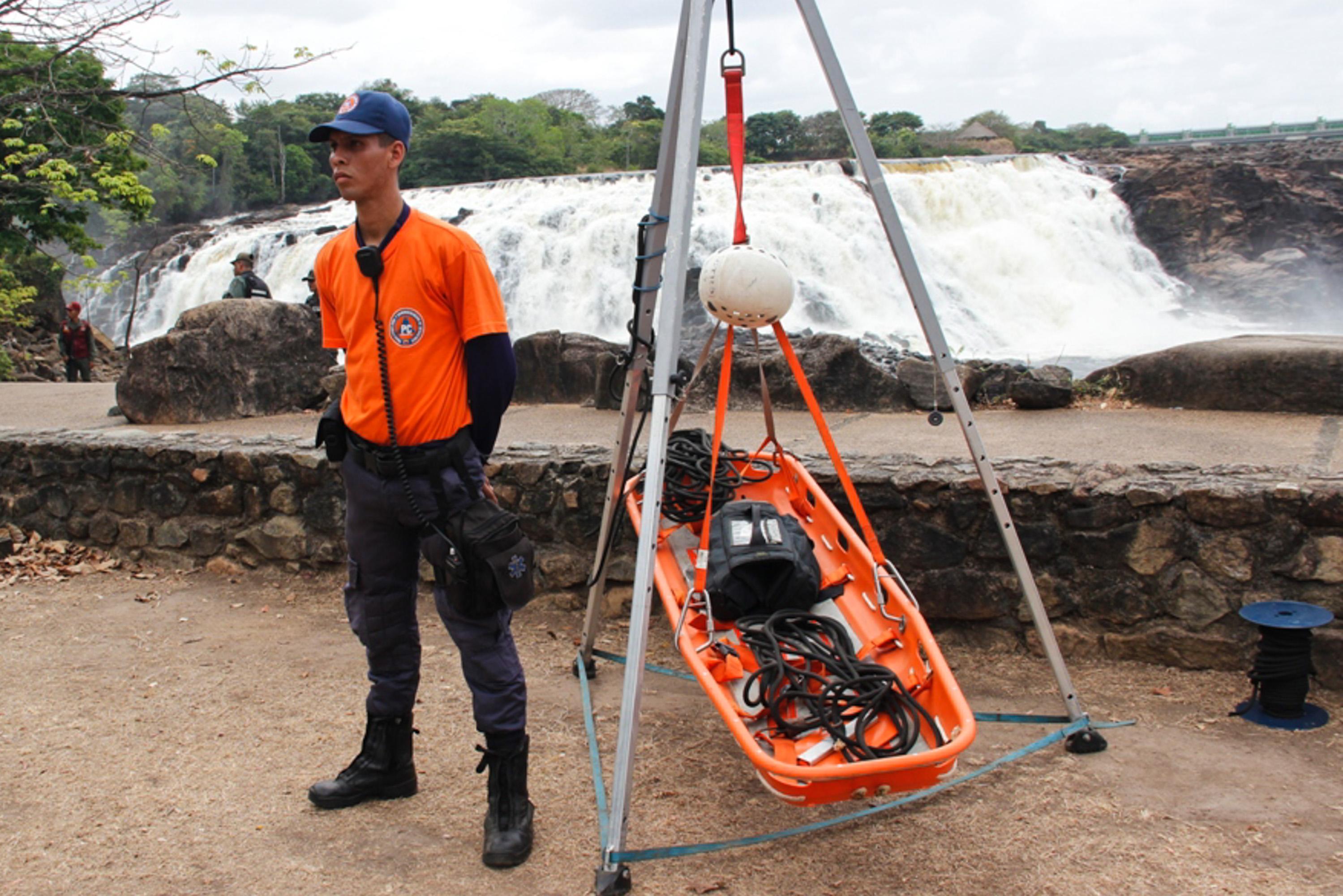 Viceministro GD Edylberto Molina Supervisión Carnavales en el Parque La Llovizna Ciudad Bolivar (4)