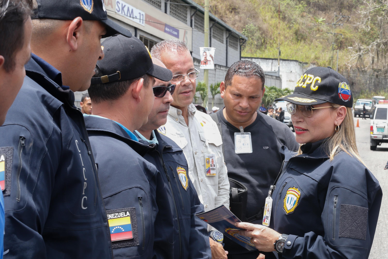 15 vehículos fueron recuperados en despliegue del Cicpc en la carretera Petare-Santa Lucia (18)