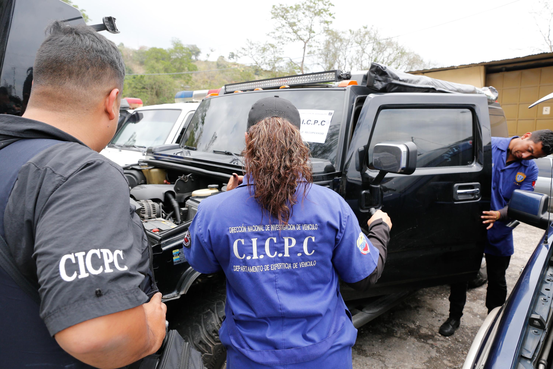 15 vehículos fueron recuperados en despliegue del Cicpc en la carretera Petare-Santa Lucia (4)