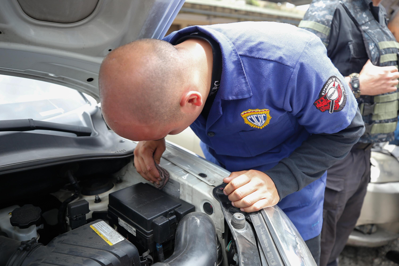 15 vehículos fueron recuperados en despliegue del Cicpc en la carretera Petare-Santa Lucia (8)
