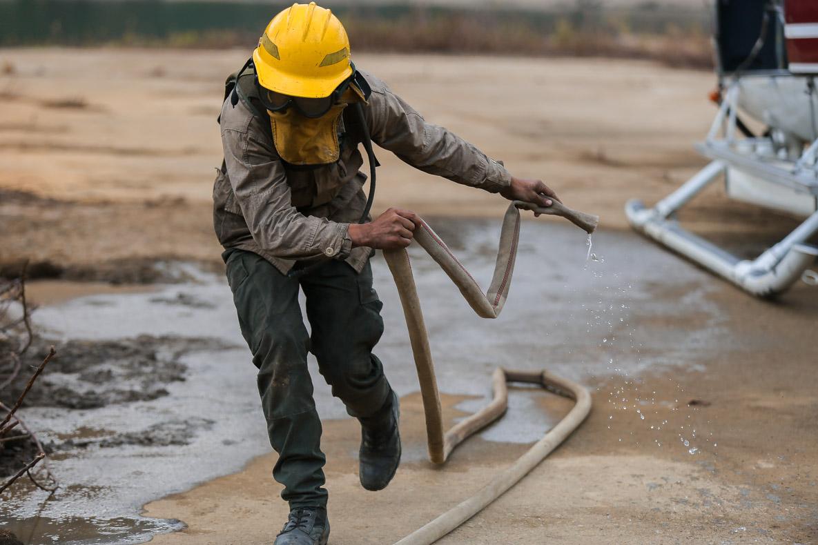 Funcionarios del Sistema Nacional de Gestión del Riesgo condecorados por su loable labor en Macarao (3)