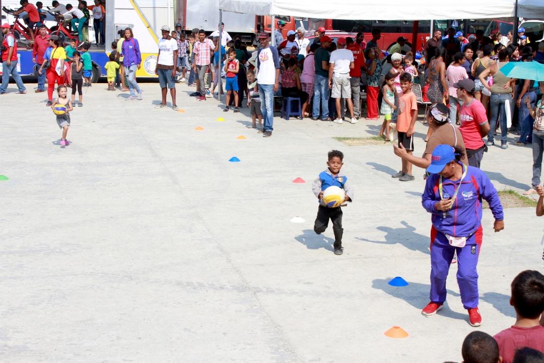 Gran Jornada Integral del Frente Preventivo atendió a más de 1300 niños en Vargas (3)