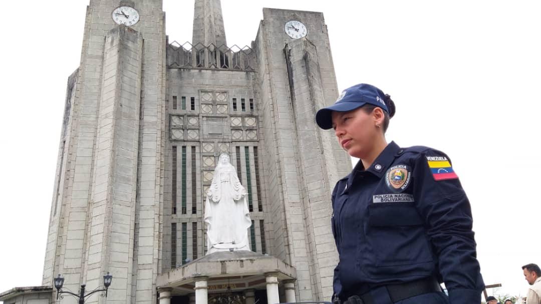 Más de 5 mil funcionarios y 50 puntos de control brindan protección a feligreses y visitantes