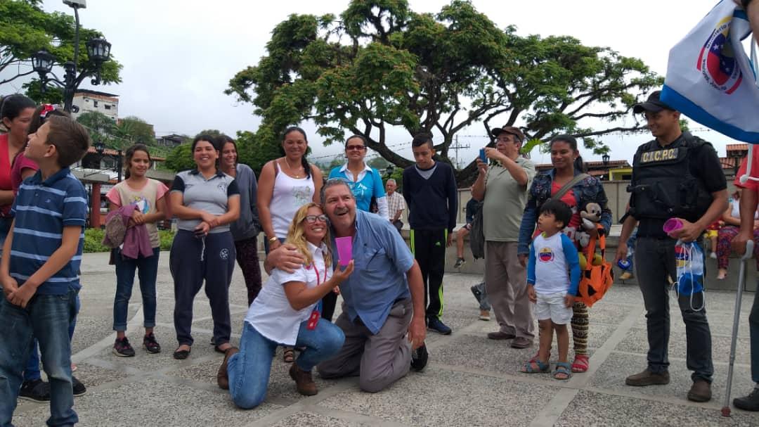 Más de 5 mil funcionarios y 50 puntos de control brindan protección a feligreses y visitantes en Mérida (8)