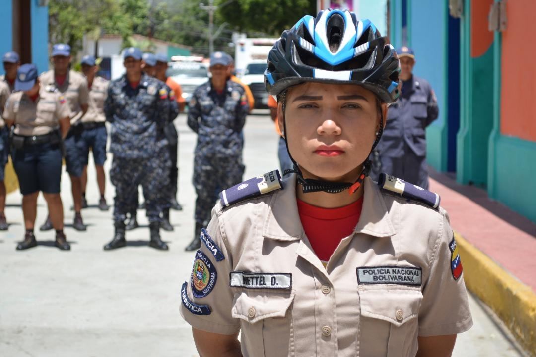 Policía Turística garante de la seguridad de residentes y foráneos en Nueva Esparta (12)