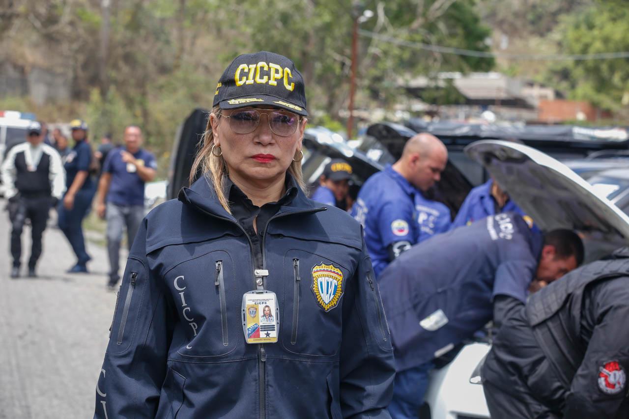 Recuperados 15 vehículos en la carretera Petare-Santa Lucía tras despliegue del Cicpc (1)