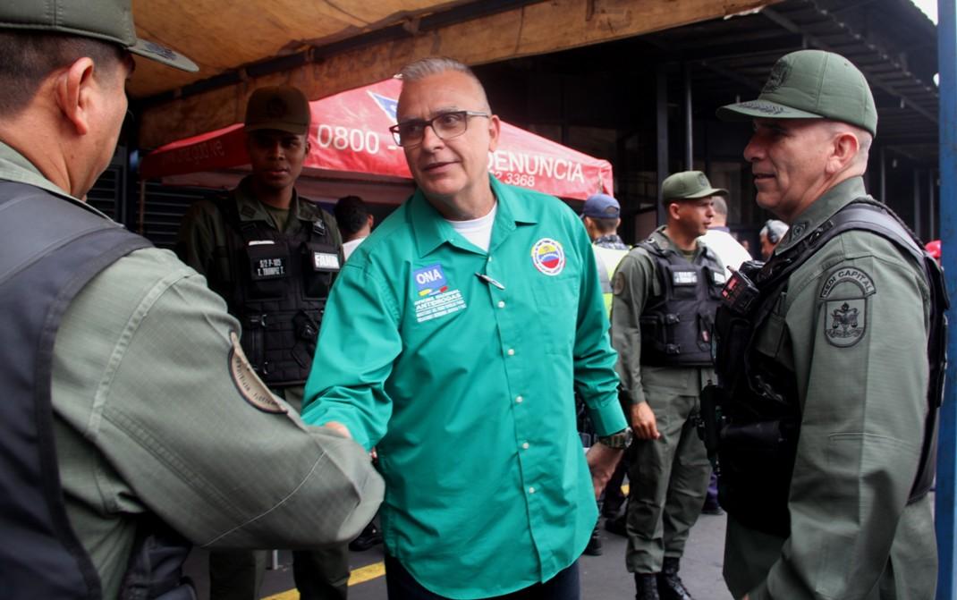 SUPERVISIÓN EN EL TERMINAL DE LA BANDERA – VICEMINISTRO DE PREVENCIÓN Y SEGURIDAD CIUDADANA, ENDES PALENCIA (10)