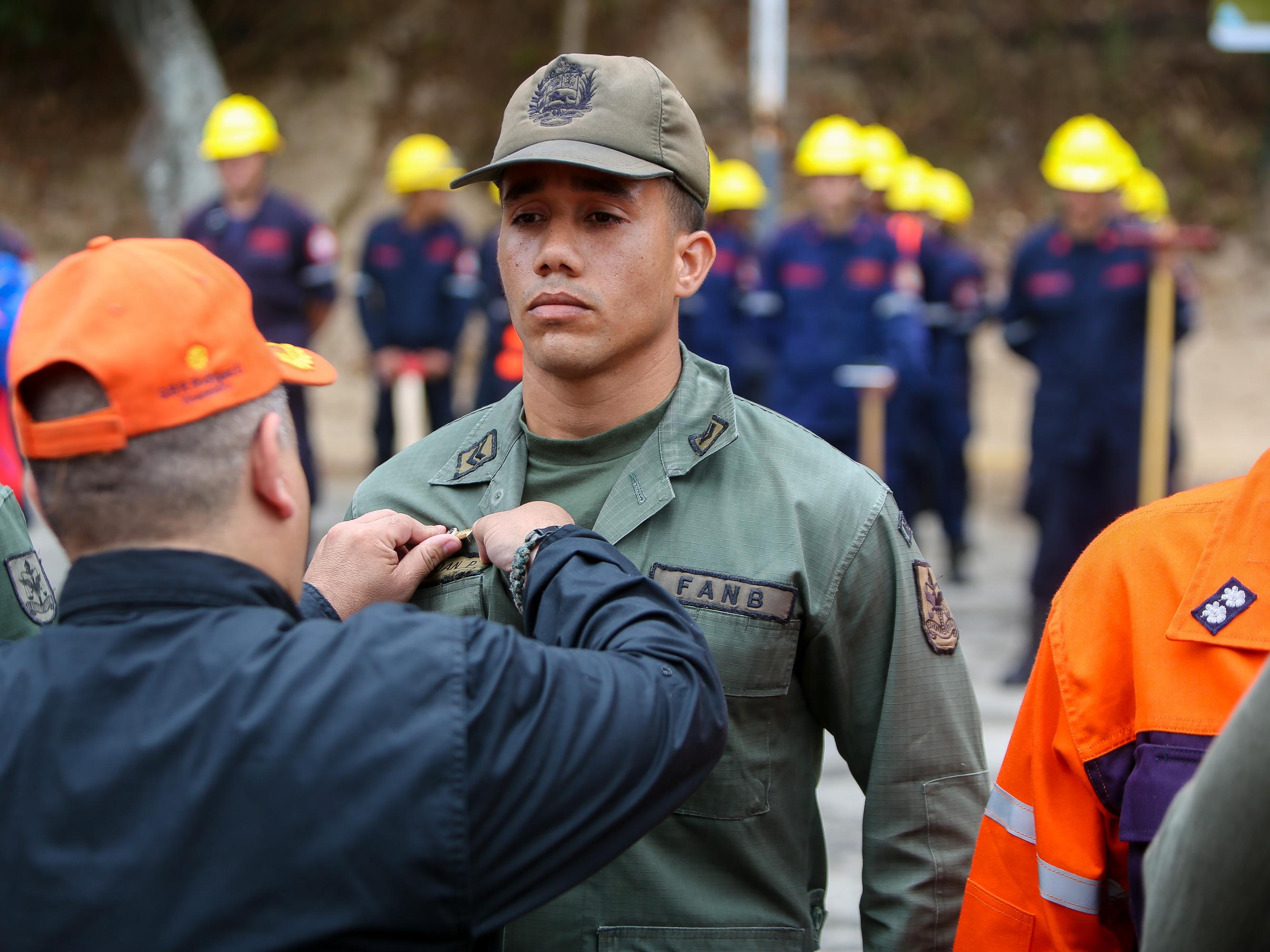 Condecorados héroes forestales por su valentía y coraje en el resguardo de las áreas naturales (14)