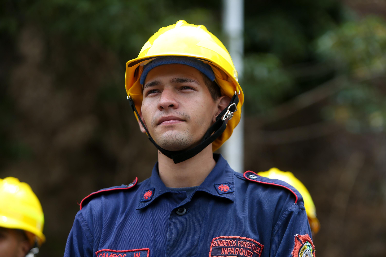 Condecorados héroes forestales por su valentía y coraje en el resguardo de las áreas naturales (2)