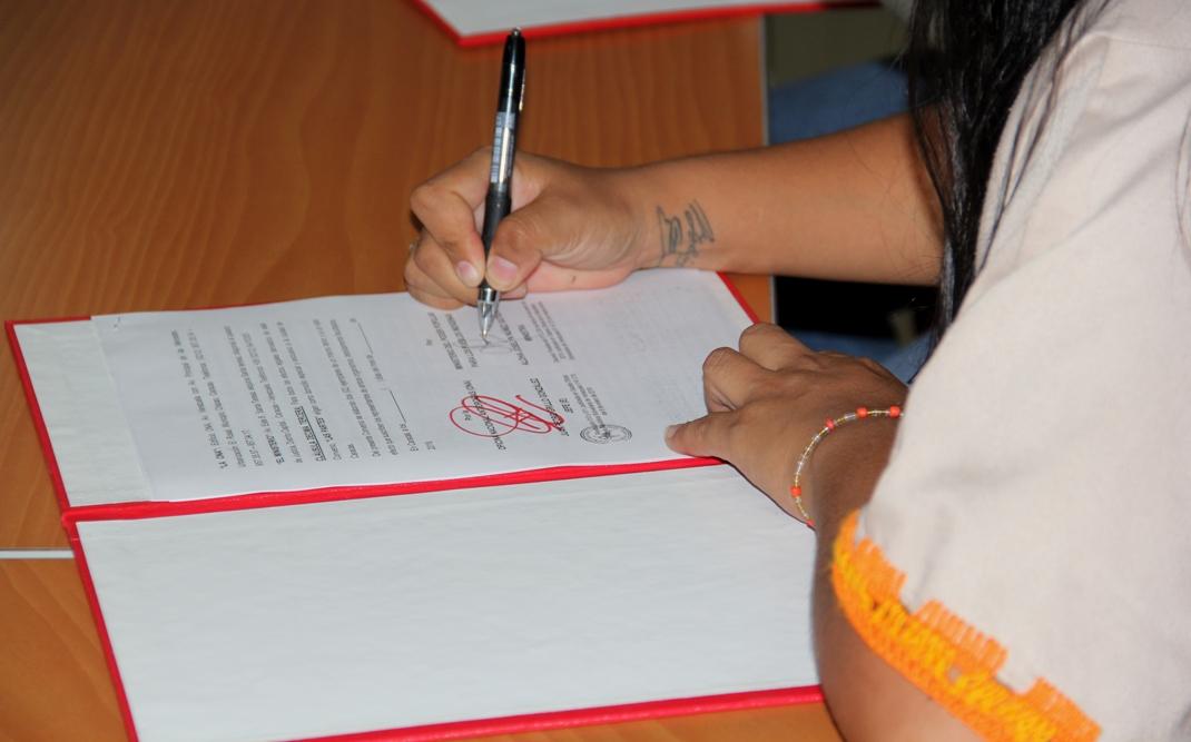 ONA y Ministerio de Pueblos Indígenas firman convenio para promover programas de prevención integral (9)