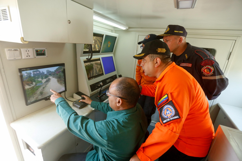 Protección Civil Nacional realizó inspección de obras de mitigación de riesgo en Vargas (11)