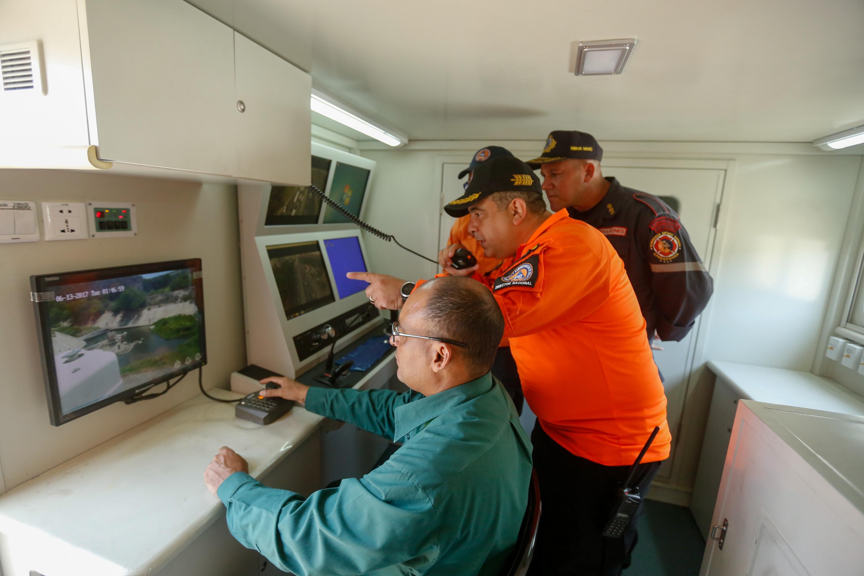 Protección Civil Nacional realizó inspección de obras de mitigación de riesgo en Vargas (12)