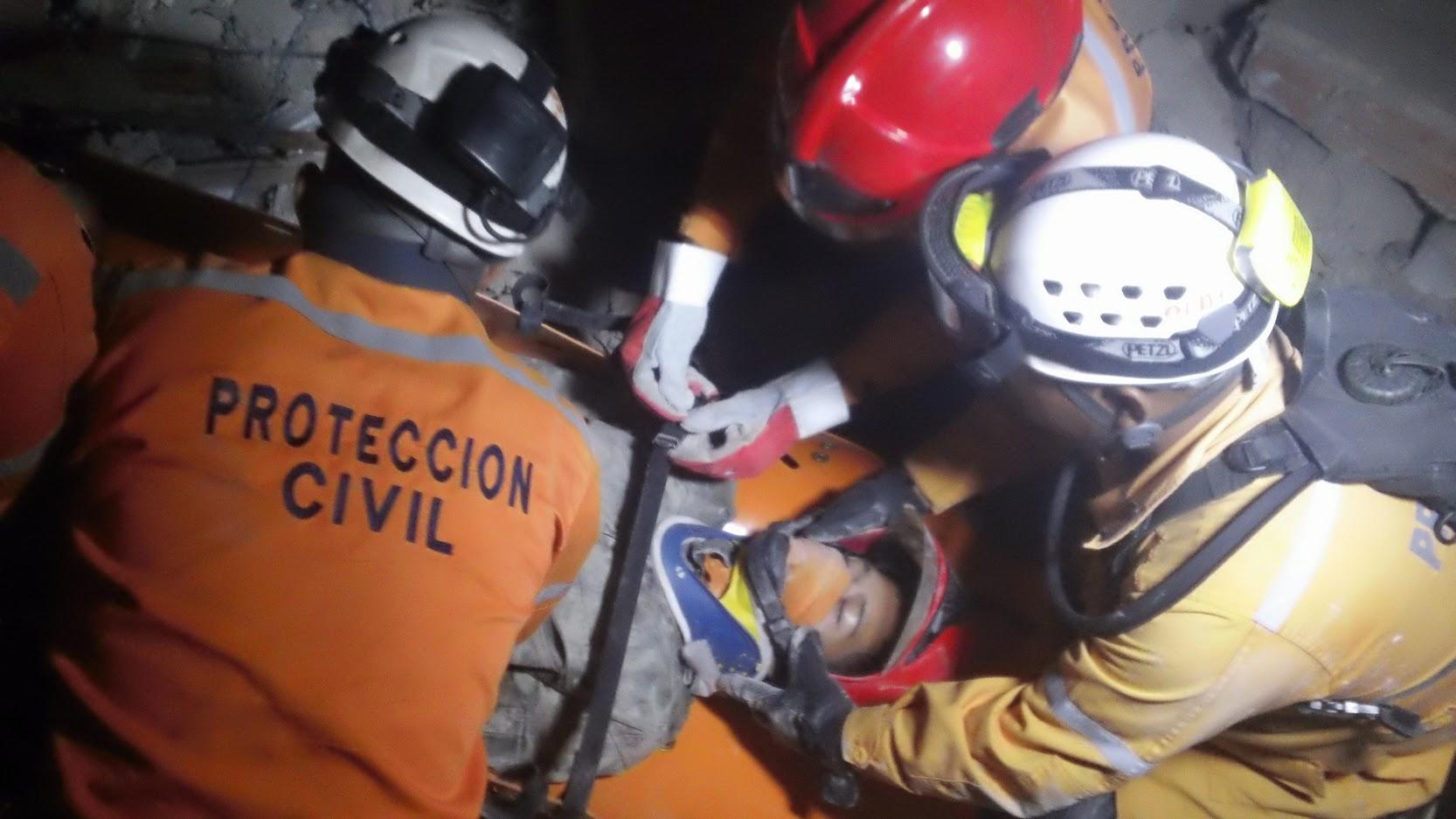 Unidad k-sar realiza prácticas para fortalecer capacidades de búsqueda y rescate (6)
