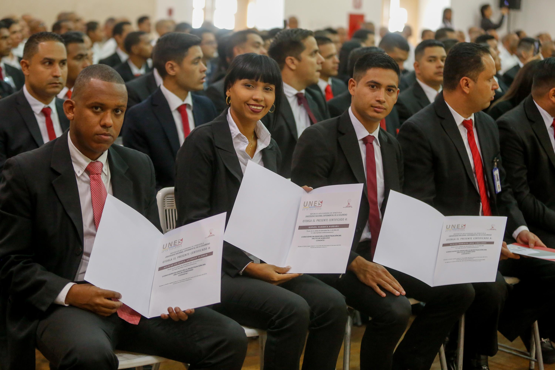Certificados más de 50 funcionarios en materia de investigación de homicidio (4)