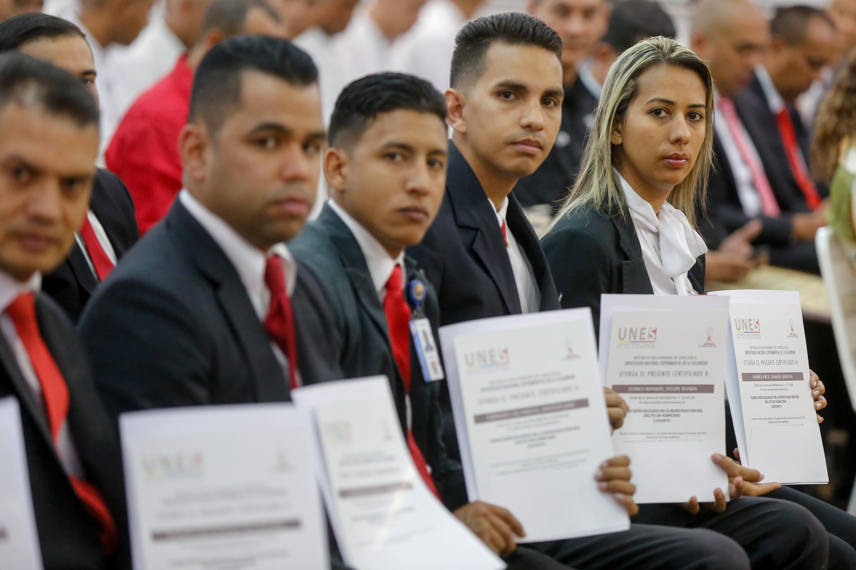 Certificados más de 50 funcionarios en materia de investigación de homicidio (9)