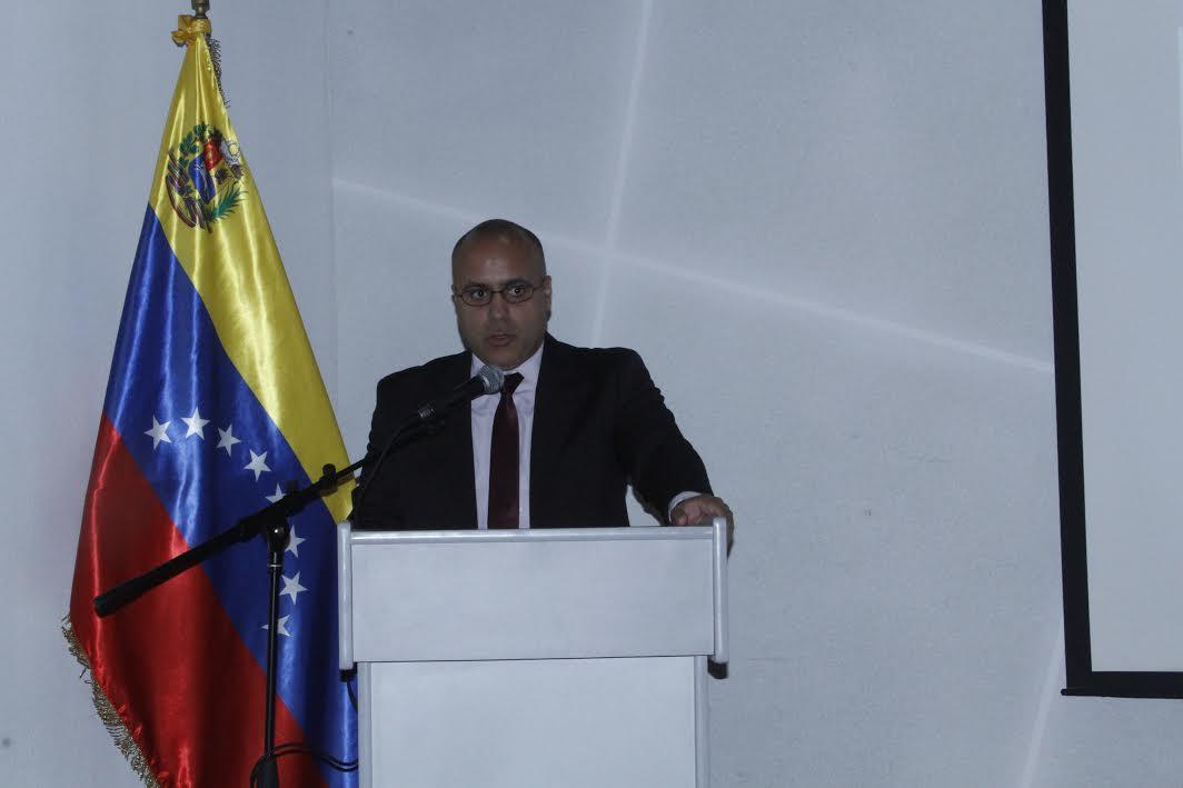 """DDHH realizó foro """"El Bloqueo Económico y su Impacto en el Derecho a la Seguridad Ciudadana"""" (2)"""