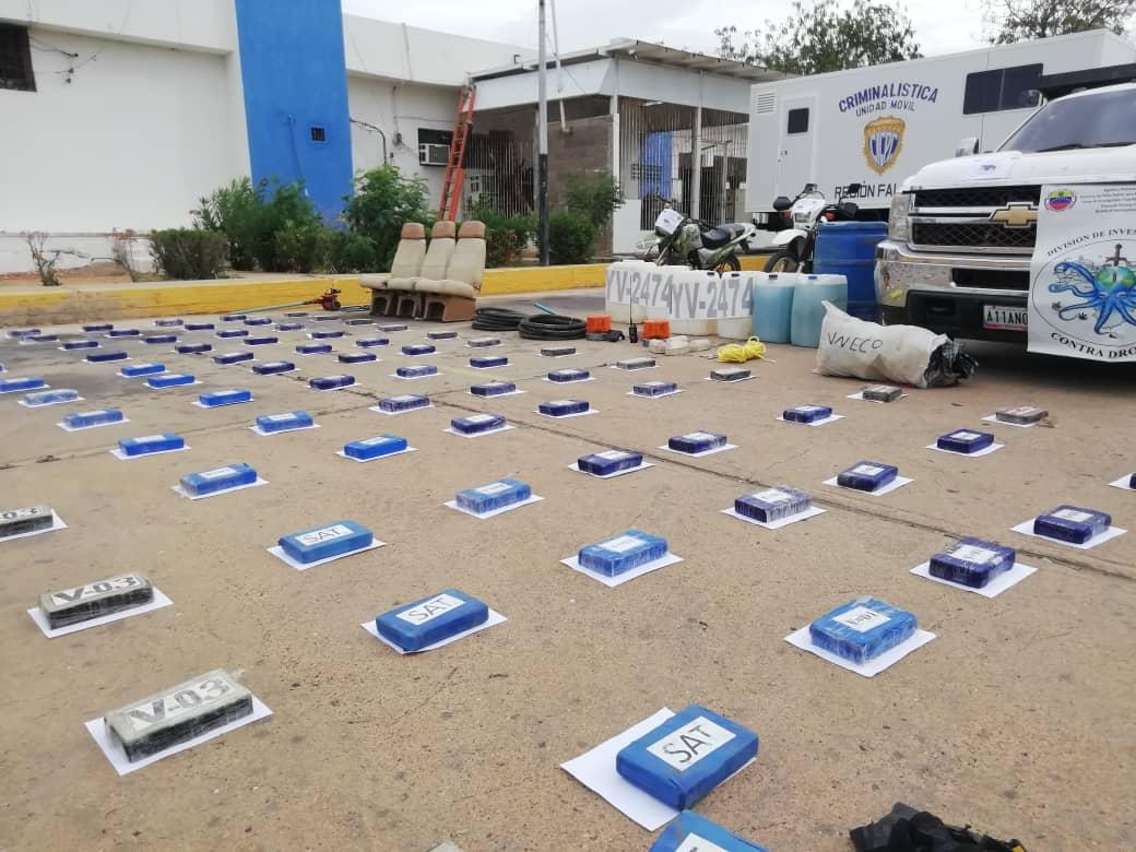Incautada aeronave estadounidense con 125 panelas de cocaína en el estado Falcón (11)
