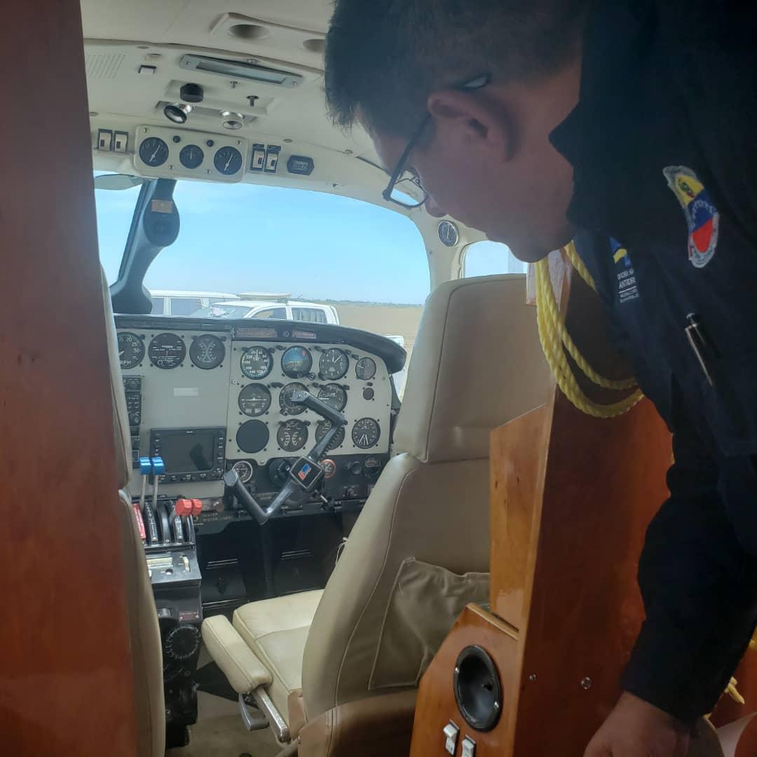Incautada aeronave estadounidense con 125 panelas de cocaína en el estado Falcón (3)