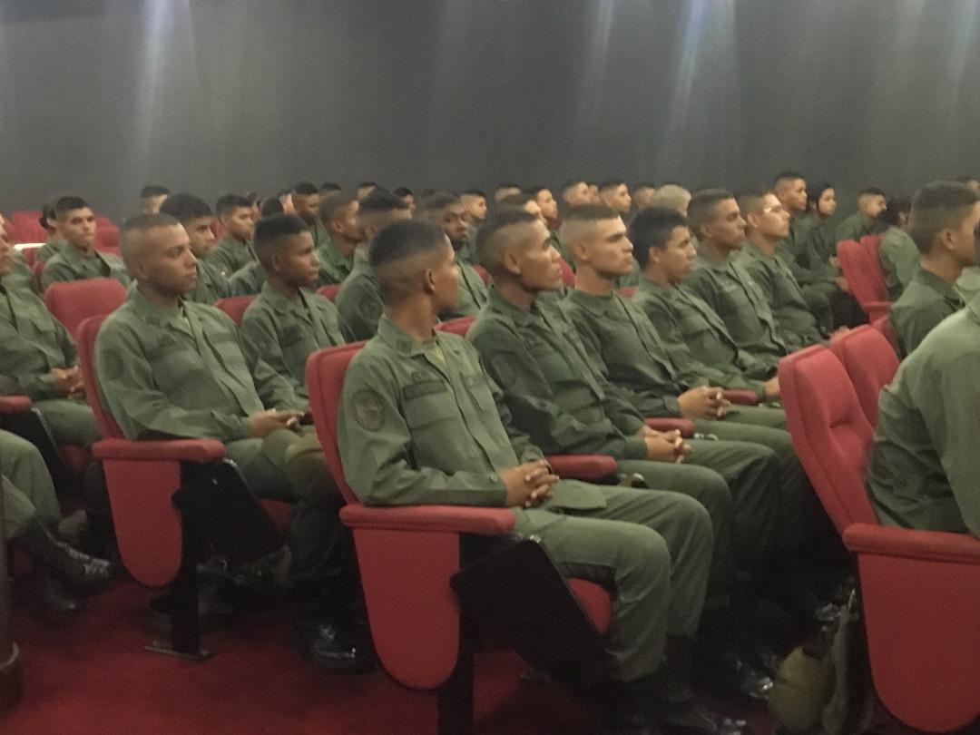 Cadetes de la Academia Militar se capacitaron en materia de prevención (6)
