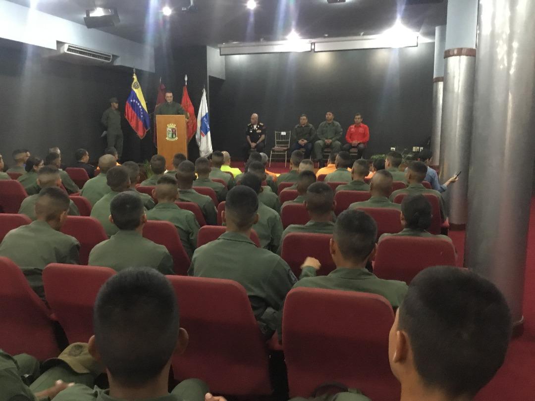 Cadetes de la Academia Militar se capacitaron en materia de prevención (8)