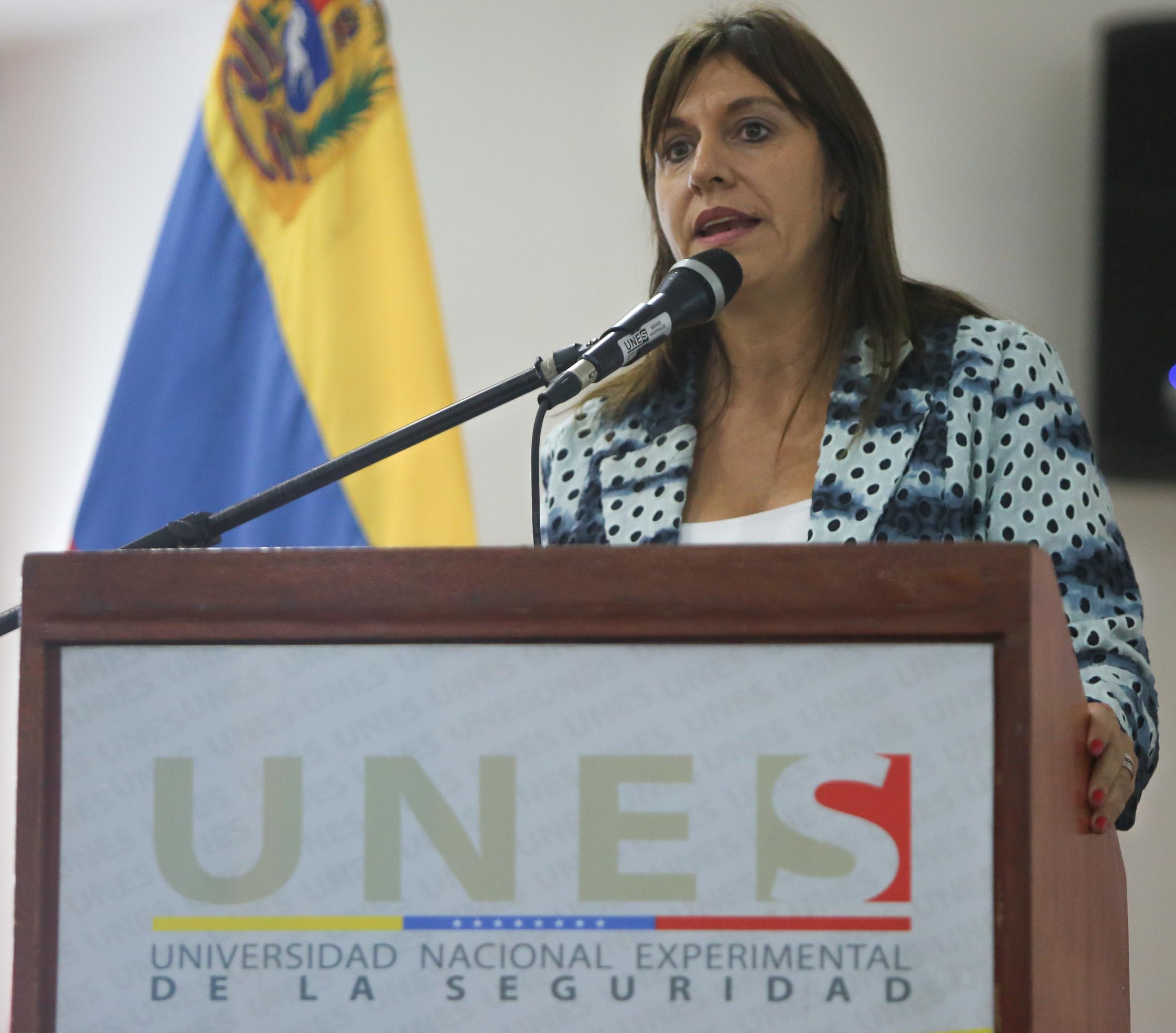 Foro Derechos Humanos en tiempos de Revolución Asediada Develando el Informe Bachelet (8)