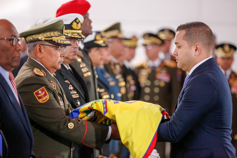 Gobierno nacional rindió honores a Simón Bolívar, El Libertador a 236 años de su natalicio (7)