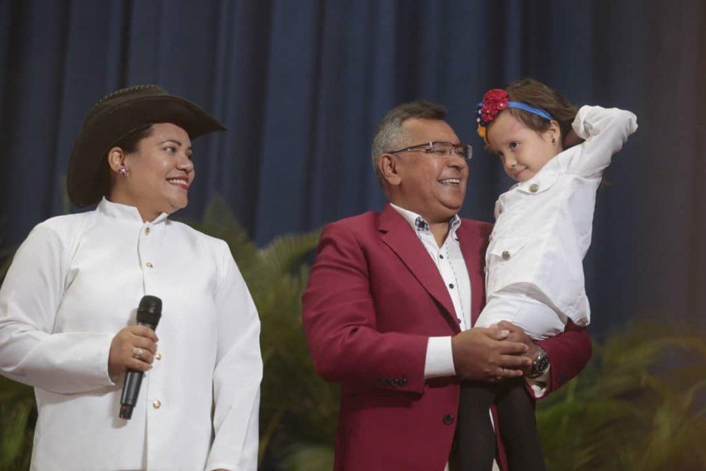Graduado 50 niños y niñas del Centro Educación Integral Generalísimo Francisco de Miranda (1)